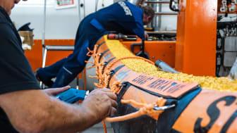 ESVAGT Safe Transfer Boats bliver denne gang fittet inhouse for at give mekanikerne endnu større kendskab til bådene.