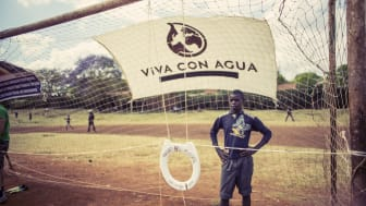 Kenya FOOTBALL 4 WASH by Paul Ripke