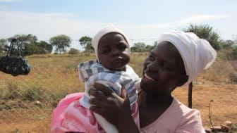 Hand in Hand hyllar kenyanska mödrar på Mors Dag