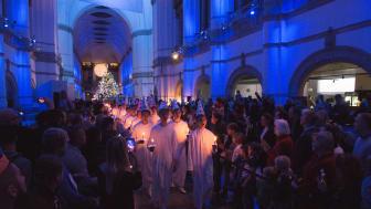 Söndagen den 10 december, andra advent, blir en hel dags luciafirande med konsert och allsång på Nordiska museet.