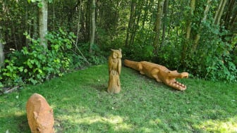 Treskulpturer gitt til Bydel Stovner av Bymiljøetaten