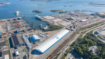 Sveaterminalen erbjuder väderskyddad direktanslutning till hamnens roro- och containerterminaler. Bild: Göteborgs Hamn AB