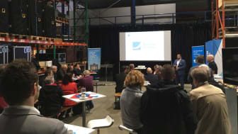 Unternehmerfrühstück bei der Firma PA-Line Mediatechnik: hier informieren sich lokale Unternehmer über die Möglichkeiten der echten, kupferfreien Glasfaser
