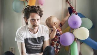 Från utställningen Swedish Dads. Fotograf: Johan Bävman.