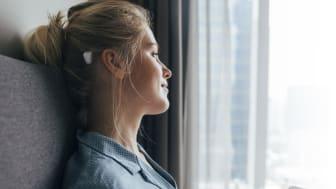 Der neue Cochlear™ Baha® 6 Max Soundprozessor