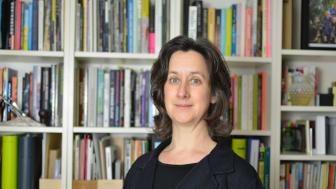 Ela Carpenter, föreståndare UmArts och professor vid Arkitekthögskolan, kommer från England. Foto: Darren Banks