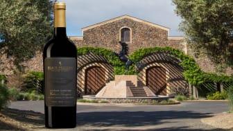 Gaspare Vineyard Cabernet Sauvignon vid entrén till Black Stallion Estate Winery