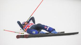 Sandra Näslund har skadat sig i ett knä och kommer inte kunna vara med i världscuppremiären för skicross. Foto: Bildbyrån