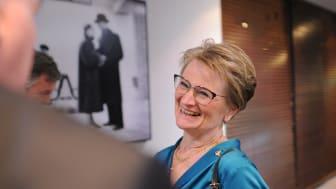 Ewa Andersen, vd för Sparbankernas Riksförbund, gläds åt beskedet att Sparbankernas kunder är mest nöjda i banksverige 2020.