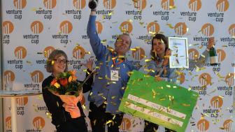 Big Akwa tilldelas årets Impact Maker i Venture Cups Sverigefinal. Foto: Venture Cup.