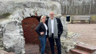 Maria Arvidsson och Michael Swensson, välkända mäklarprofiler i Klippan som startar under nytt varumärke med HusmanHagberg.
