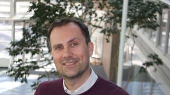 Hans Petter Hongset har lang erfaring i Samlerhusets virksomhet både nasjonalt og internasjonalt