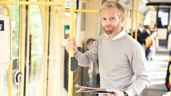 Åtta av tio småföretagare tänker på jobbet under semestern