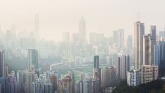 Air pollution blankets Hong Kong