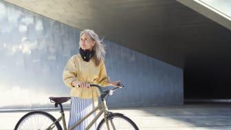 Ytterligare ett test från oberoende testinstitut visar att Hövding airbag för cyklister ger klart bäst skydd mot hjärnskakningar. Hövding får bäst resultat i Länsförsäkringars hjälmtest.