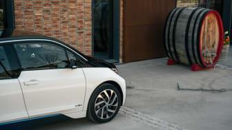 I fjor kjøpte Hedin Automotive, seg inn i det nytenkende mobilitetsselskapet imove for å møte det nye nytt atferds- og kjøpsmønsteret. Nå skal Bavaria levere rekkeviddevinneren BMW iX3 og BMW i4 til imove.