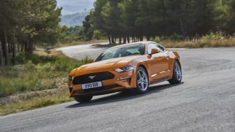 FORD MUSTANG 2017 (31)