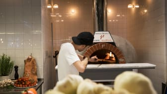 Napolitansk pizzamarknad på Giro Pizzeria