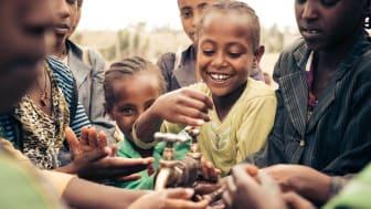 Hände waschen, Äthiopien. Foto: Henrik Wiards für Viva con Agua