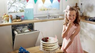 Her er fem nyttige oplysninger om de besparelser, som du kan glæde dig over, hvis du lader din opvaskemaskine tage opvasken.