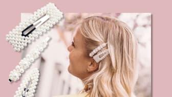 Hårspenne med perler kan brukes i alle anledninger og er toneangivende i sesongens motebilde.
