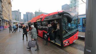 Antallet elbusser i hovedstaden gjør snart et byks. Nær hele bussparken i Oslo Sør blir utslippsfri ved oppstart av kontrakt i januar 2022. (Foto: Ruter/Øystein Dahl Johansen)
