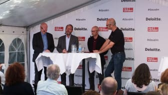 Thomas Andersson, IUET, Ola Pettersson, LO, Mats Karlsson, Utrikespolitiska institutet och Jon Åsberg, Affärsvärlden.