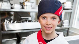 Nils 8 år, vinnare i Täbys elevkock 2015