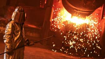 Eramet skal produsere elektrisitet av gassen fra ovnene. Foto: Eramet Norway
