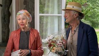Konstnärsparet Karin och Marc Broos tar emot Kulturpriset till Göran Tunströms minne i Rottneros park när Sunne kommun firar nationaldagen.