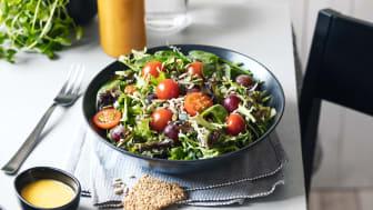 Syksyn uutuus Hetki Voimasalaatti on helppo tuunata salaattiateriaksi tai lisukesalaatiksi.