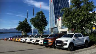 Nye Ford-Edge og Ford Ranger foran hotell Seilet i Molde under den internasjonale presselanseringen av disse modellene.