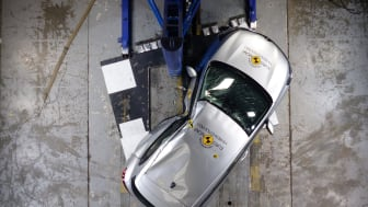 Renault Clio Pole crash test May 2019