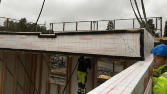 Sintef Certification har gitt Optimera teknisk godkjenning for kompakt, flatt tak med fall og isolasjon innebygd i gitter-bærekonstruksjon av tre.