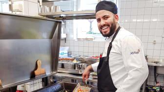 Ali Shekh Hamada öppnar egen restaurang efter en kockutbildning hos Astar i Mjölby.