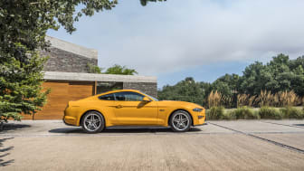 FORD MUSTANG 2017 (33)