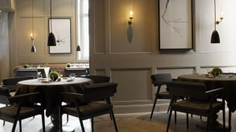 The dining room wins award for best service experience