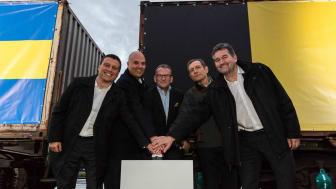 Från vänster: Geert Pauwels, CEO B Logistics, Sam Bruynseels, CCO B Logistics, Daan Schalck, CEO Port of Ghent, Eric Van Landeghem, Managing Director Volvo Cars Ghent och Richard Kirchner, Försäljningsdirektör Green Cargo.