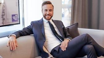 Daniel Fredricson öppnar MOHV på Ekerö.