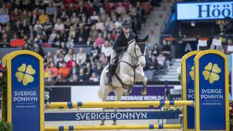 Tilda Törnberg och Poetic Vanilla Ice vann finalen av Sverigeponnnyn 2020. Foto: Roland Thunholm