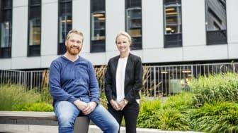 Daglig leder i Doro Care AS, Arvid Bakken og Cecilie Landgraff Bruusgaard, utleiesjef i Höegh Eiendom.