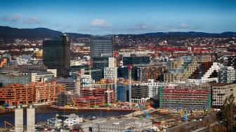 Telia og Multiconsult samarbeider om utvikling av smarte bygg og samfunn. Illustrasjonsbilde fra bygging av Bjørvika i Oslo: Photorama/Pixabay.