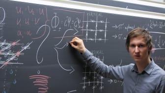 Unga Forskare-stipendium till ädelstensexpert som forskar på supraledare