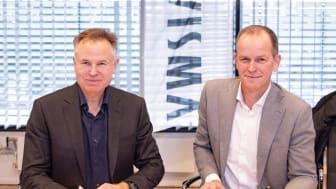 Visman toimitusjohtaja Øystein Moan ja Team Jumbo-Visman johtaja Richard Plugge