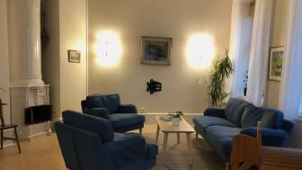 Bara tv:n kvar att sätta upp i vardagsrummet på Skyddsvärnets halvvägshus för kvinnor
