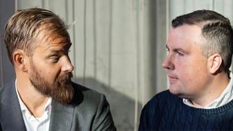 """Sanny Lindström och Johan """"MrMadhawk"""" Svensson från nylanserade podcasten Sanny & Svensson"""