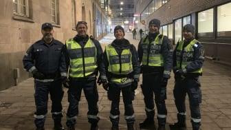 Patrik Ahlforn längst till vänster tillsammans med kollegor i uppdraget åt Stockholms stad.