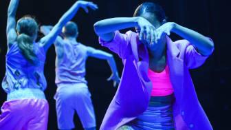 Pianofavoriter med Norrdans i koreografi av Martin Forsberg. foto: Lia Jacobi