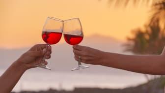 Kanarieöarna bjuder på behagliga temperaturer, vackra vyer och god, lokalproducerad dryck. Foto: Canary Islands Tourism.