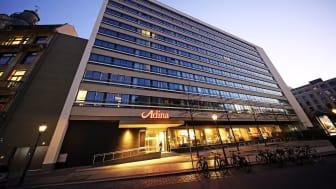 Außenansicht des Adina Apartment Hotels im ehemaligen Brühlpelz-Hochhaus
